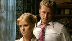 Elle Robinson, Oliver Barnes in Neighbours Episode 5218