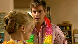Elle Robinson, Ned Parker in Neighbours Episode 5219
