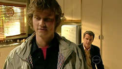 Fox, Paul Robinson in Neighbours Episode 5220