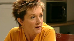 Susan Kennedy in Neighbours Episode 5220