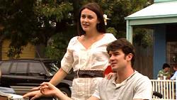 Rosie Cammeniti, Frazer Yeats in Neighbours Episode 5224