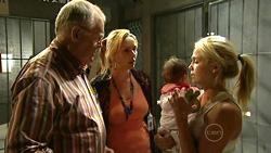 Harold Bishop, Janelle Timmins, Kerry Mangel (baby), Sky Mangel in Neighbours Episode 5224