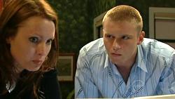 Charlotte Stone, Boyd Hoyland in Neighbours Episode 5224