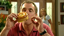 Karl Kennedy, Pepper Steiger in Neighbours Episode 5228
