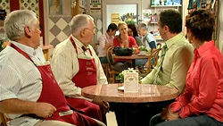Lou Carpenter, Harold Bishop, Elle Robinson, Karl Kennedy, Susan Kennedy in Neighbours Episode 5230