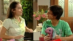 Louise Carpenter (Lolly), Zeke Kinski  in Neighbours Episode 5238