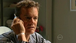 Paul Robinson in Neighbours Episode 5238