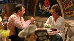 Karl Kennedy, Susan Kennedy  in Neighbours Episode 5238