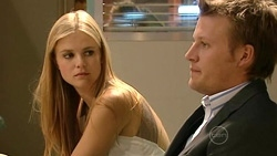 Elle Robinson, Oliver Barnes in Neighbours Episode 5239