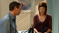Paul Robinson, Gail Robinson in Neighbours Episode 5239
