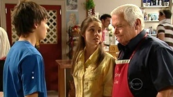 Zeke Kinski, Louise Carpenter (Lolly), Lou Carpenter in Neighbours Episode 5239