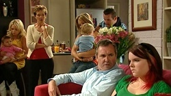 Kerry Mangel (baby), Sky Mangel, Susan Kennedy, Steph Scully, Charlie Hoyland, Toadie Rebecchi, Karl Kennedy, Bree Timmins in Neighbours Episode 5240