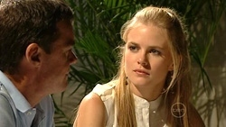 Paul Robinson, Elle Robinson in Neighbours Episode 5246