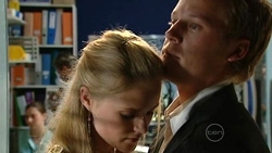 Elle Robinson, Oliver Barnes in Neighbours Episode 5246