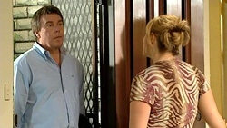 Greg Baxter, Janelle Timmins in Neighbours Episode 5249