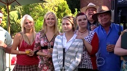 Toadie Rebecchi, Sky Mangel, Janae Timmins, Anne Baxter, Bree Timmins, Harold Bishop, Lou Carpenter in Neighbours Episode 5255