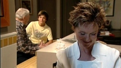 Tom Kennedy, Zeke Kinski, Susan Kennedy in Neighbours Episode 5259