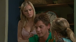 Janae Timmins, Ned Parker, Steph Scully in Neighbours Episode 5286