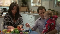 Chantelle Rebecchi, Stonie Rebecchi, Charlie Hoyland in Neighbours Episode 5287
