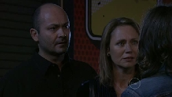 Steve Parker, Miranda Parker, Riley Parker in Neighbours Episode 5288