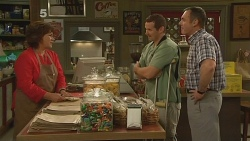 Lyn Scully, Toadie Rebecchi, Karl Kennedy in Neighbours Episode 6091