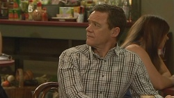 Paul Robinson in Neighbours Episode 6091
