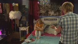 Natasha Williams, Andrew Robinson in Neighbours Episode 6092