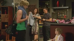 Andrew Robinson, Rebecca Napier, Paul Robinson, India Napier in Neighbours Episode 6093