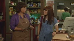 Lyn Scully, Summer Hoyland in Neighbours Episode 6094