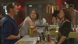 Lucas Fitzgerald, Kate Ramsay, Rebecca Napier in Neighbours Episode 6094