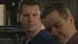 Lucas Fitzgerald, Paul Robinson in Neighbours Episode 6094