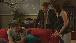 Lucas Fitzgerald, Mark Brennan, Kate Ramsay in Neighbours Episode 6095