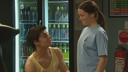 Zeke Kinski, Sophie Ramsay in Neighbours Episode 6095