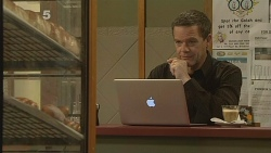 Paul Robinson in Neighbours Episode 6096