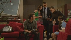 Lucas Fitzgerald, Kate Ramsay, Mark Brennan, Paul Robinson, Sophie Ramsay in Neighbours Episode 6096