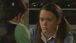 Zeke Kinski, Sophie Ramsay in Neighbours Episode 6096