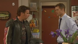 Lucas Fitzgerald, Mark Brennan in Neighbours Episode 6096