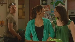 Lucas Fitzgerald, Jade Mitchell, Kate Ramsay in Neighbours Episode 6097