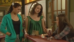 Jade Mitchell, Kate Ramsay, Sophie Ramsay in Neighbours Episode 6097