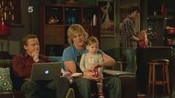 Paul Robinson, Andrew Robinson, India Napier, Declan Napier in Neighbours Episode 6098