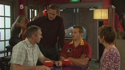 Karl Kennedy, Paul Robinson, Toadie Rebecchi, Susan Kennedy in Neighbours Episode 6099