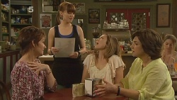 Susan Kennedy, Summer Hoyland, Sonya Mitchell, Lyn Scully in Neighbours Episode 6099