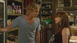 Andrew Robinson, Summer Hoyland in Neighbours Episode 6100