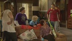 Sonya Mitchell, Callum Jones, Charlie Hoyland, Susan Kennedy, Toadie Rebecchi in Neighbours Episode 6100