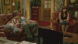 Natasha Williams, Andrew Robinson, Summer Hoyland in Neighbours Episode 6100