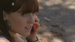 Summer Hoyland in Neighbours Episode 6101