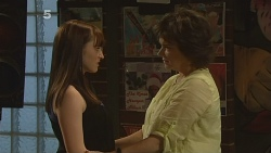 Summer Hoyland, Lyn Scully in Neighbours Episode 6101