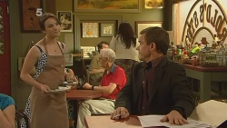 Kate Ramsay, Paul Robinson in Neighbours Episode 6103