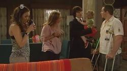 Jade Mitchell, Sonya Mitchell, Declan Napier, India Napier, Toadie Rebecchi in Neighbours Episode 6103