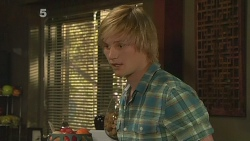 Andrew Robinson in Neighbours Episode 6104